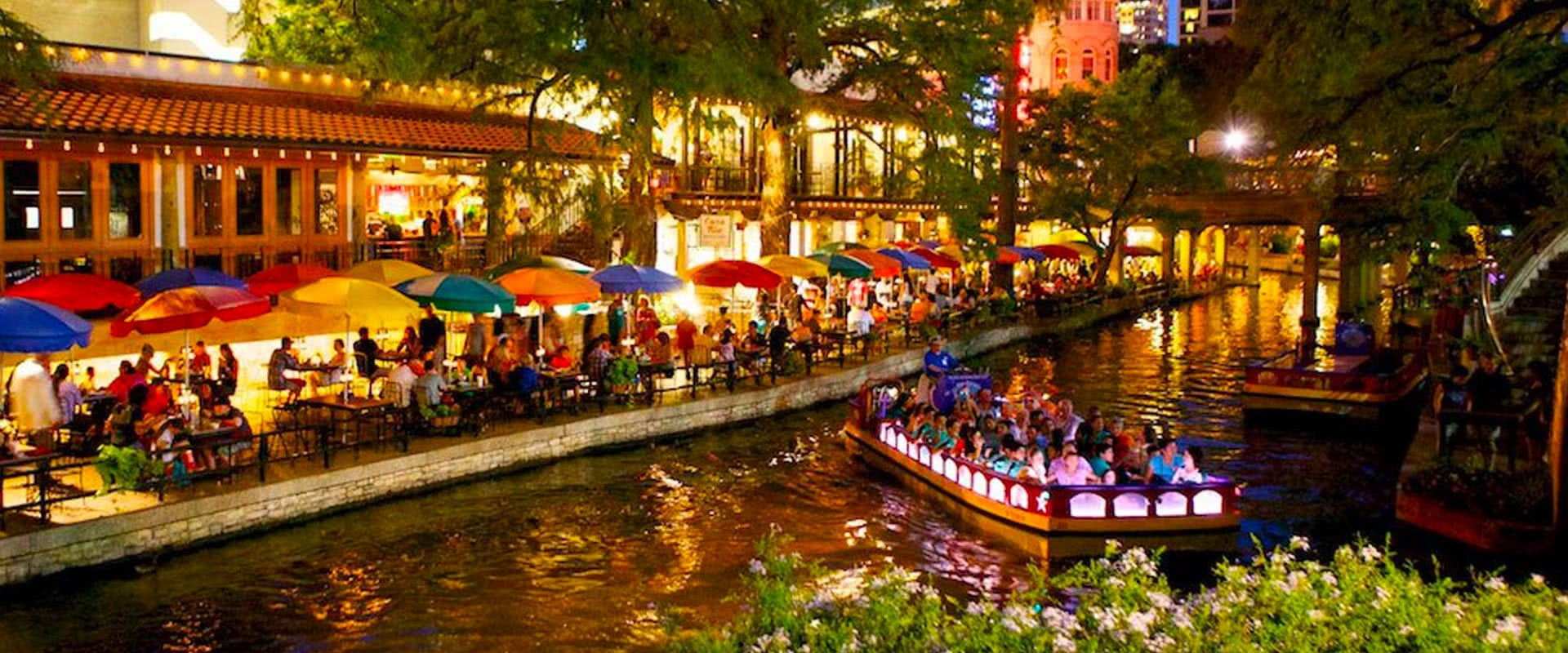 San-Antonio-Riverwalk-01